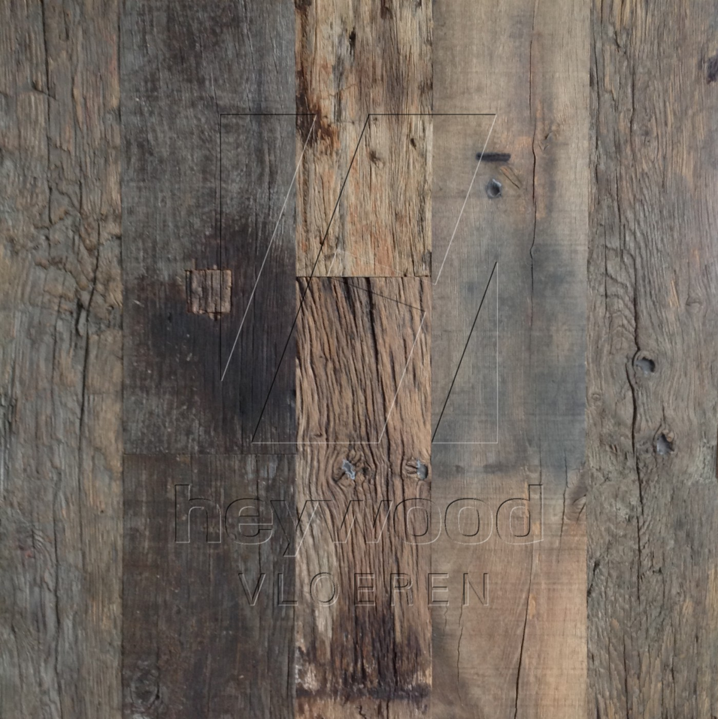 Bordeaux Plank (mixed widths, 80 years old Oak, Outside) in Plank OUTSIDES (authentic textured patina surface) of Old Reclaimed Wood