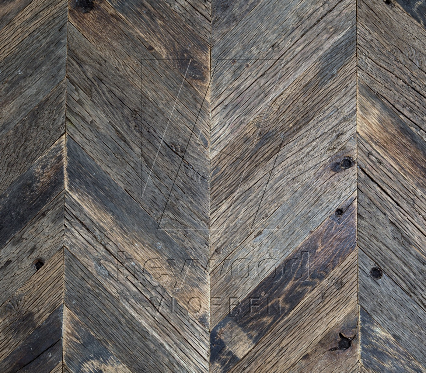 Bordeaux Reclaimed Oak in Chevron of Pattern & Panel Floors