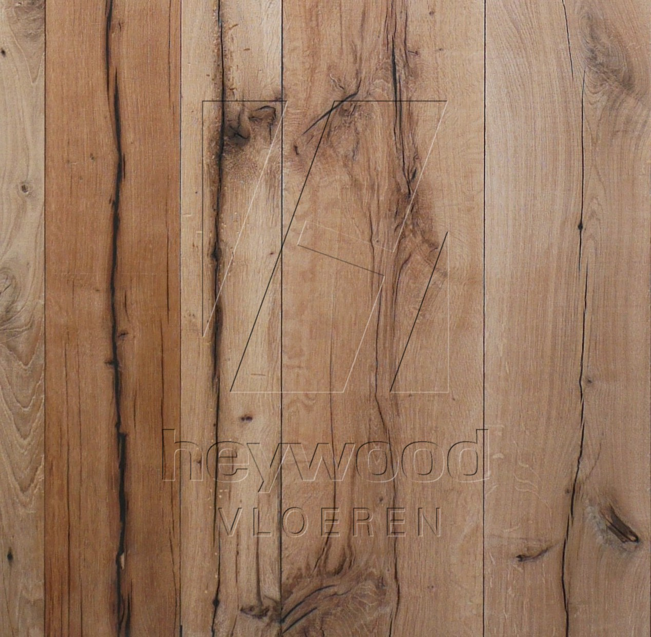 Reclaimed Plank 'Provence' (mixed width, unoiled) in Plank INSIDES (Brushed 2nd cut) of Old Reclaimed Wood