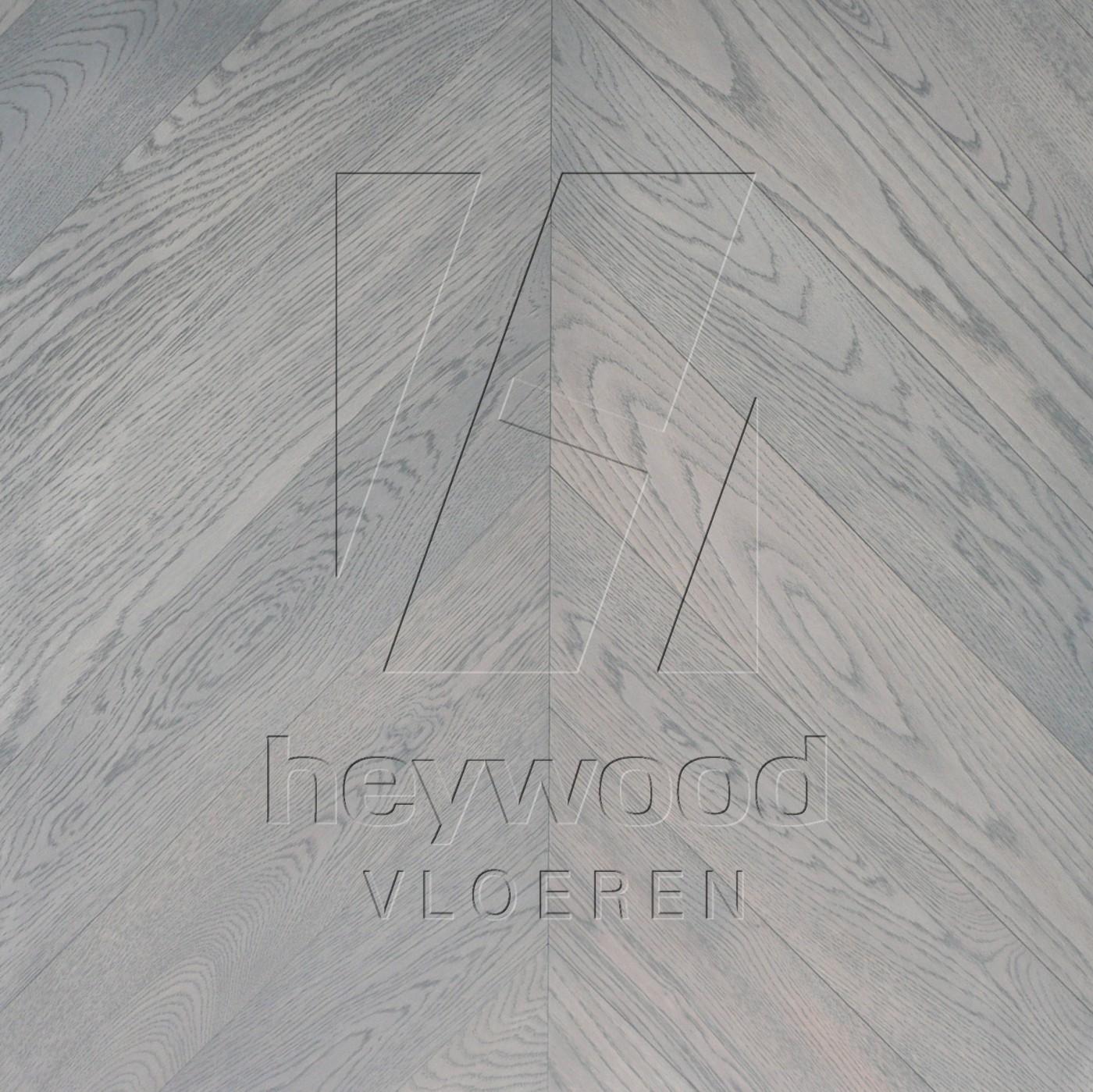 'Montreux' Chevron 45°, Bespoke Elegance in Chevron of Pattern & Panel Floors