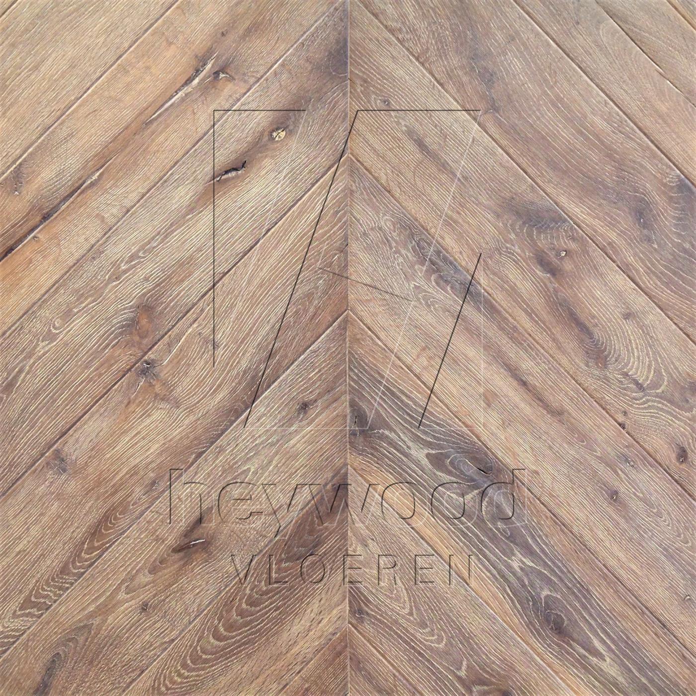 Antique Chevron 'Cerro Torre' in Chevron of Pattern & Panel Floors