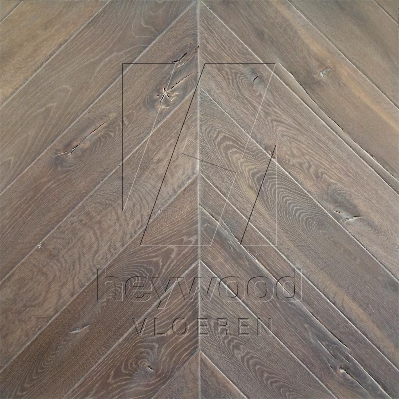 Antique Chevron 'Gran Paradiso' in Chevron of Pattern & Panel Floors