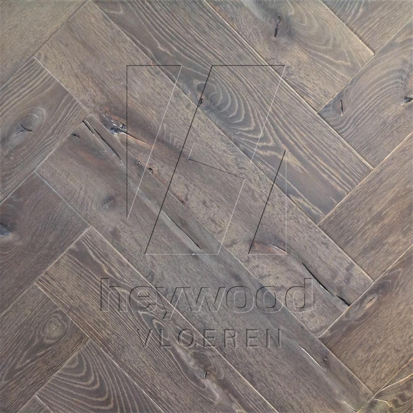 Antique Herringbone 'Gran Paradiso' in Herringbone of Pattern & Panel Floors