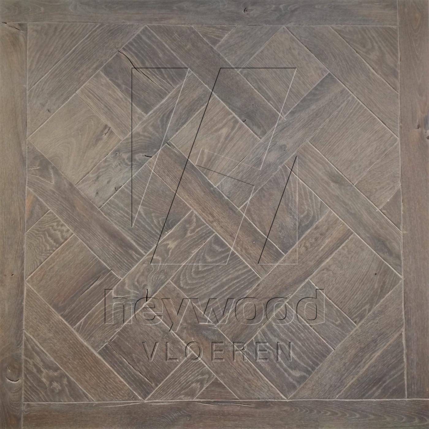 Antique Versailles 'Gran Paradiso' in Floor Panels & 3D Wall Panels of Pattern & Panel Floors