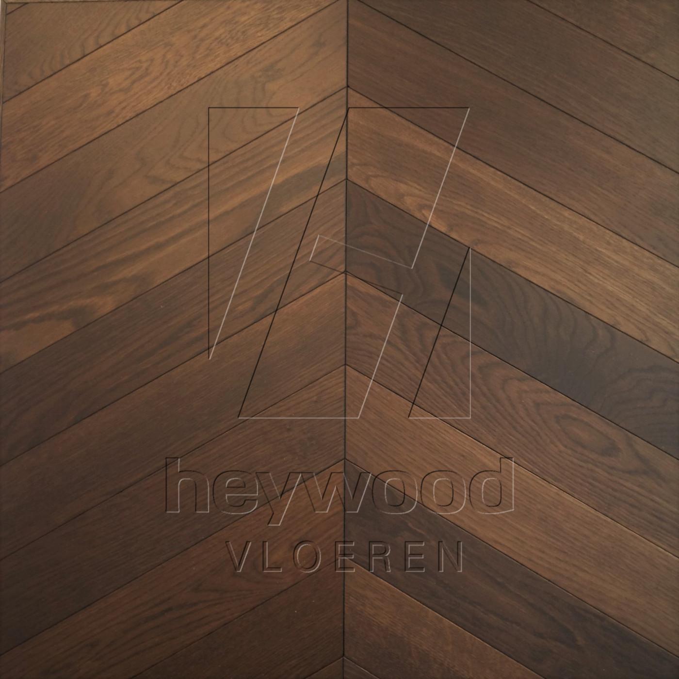 'Oak Ebony' Chevron 60°, Bespoke Elegance in Chevron of Pattern & Panel Floors