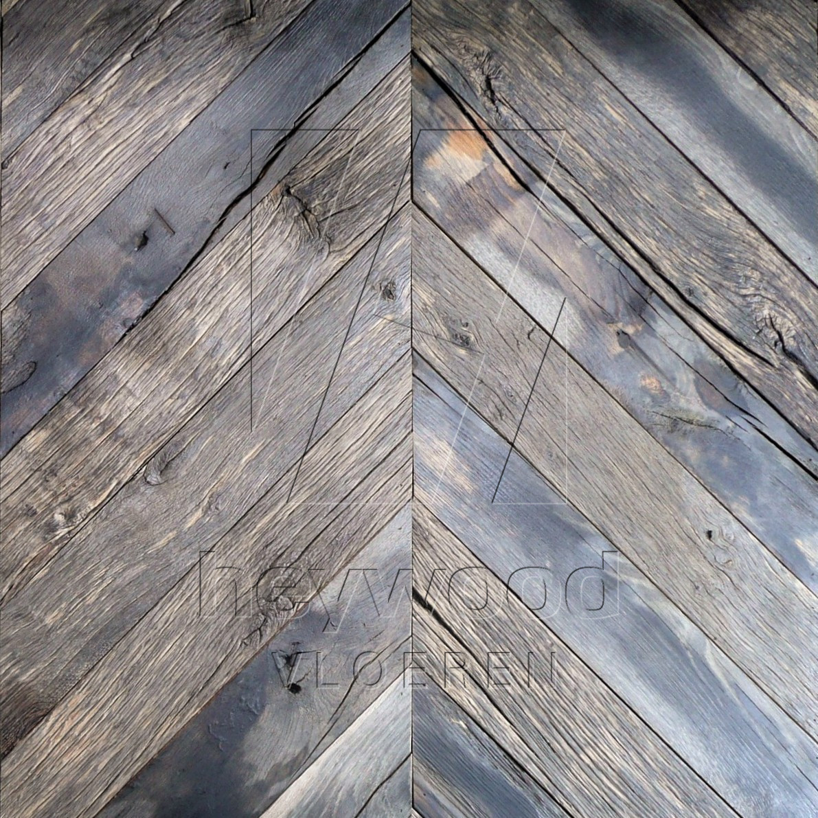 Bordeaux Chevron (80 years old Reclaimed Oak, Outside) in Pattern & Panels (Outsides / Insides) of Old Reclaimed Wood