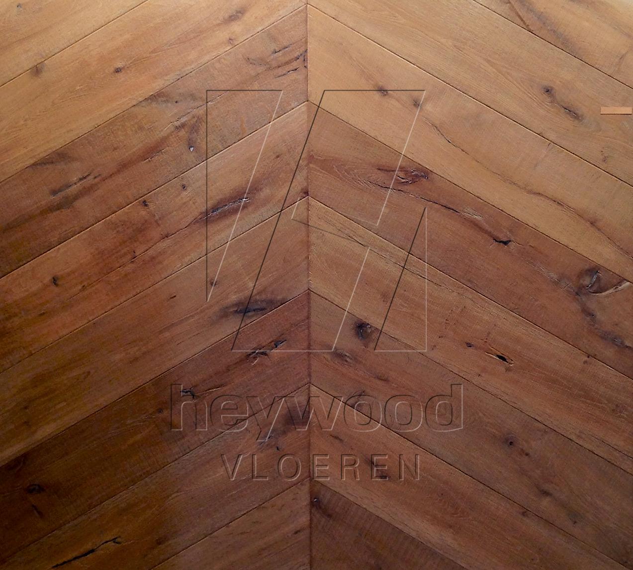 'Dune' Chevron Knotting Hill  (Bespoke 15 x 220 x 1000mm) in Chevron of Pattern & Panel Floors