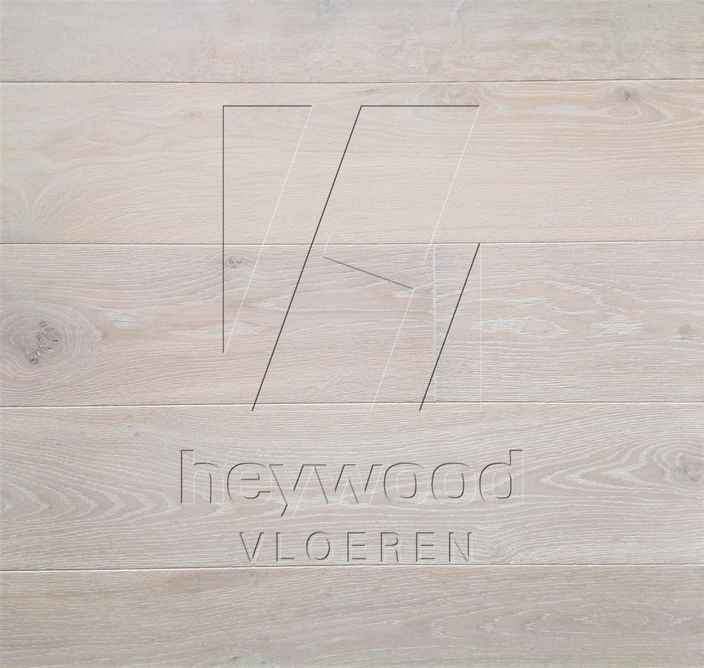 Plank Santorini in European Oak Character of Bespoke Wooden Floors