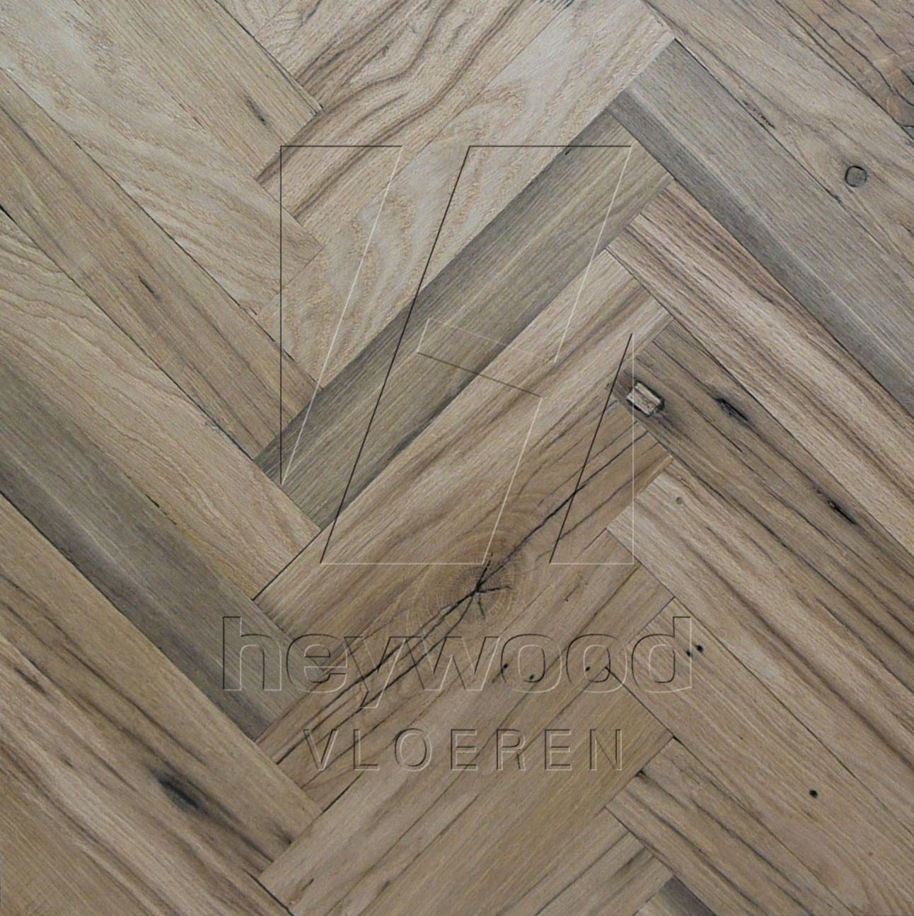 Provence Herringbone 120x600mm (unoiled), 200 years old Reclaimed Oak, Inside in Pattern & Panels (Outsides / Insides) of Old Reclaimed Wood