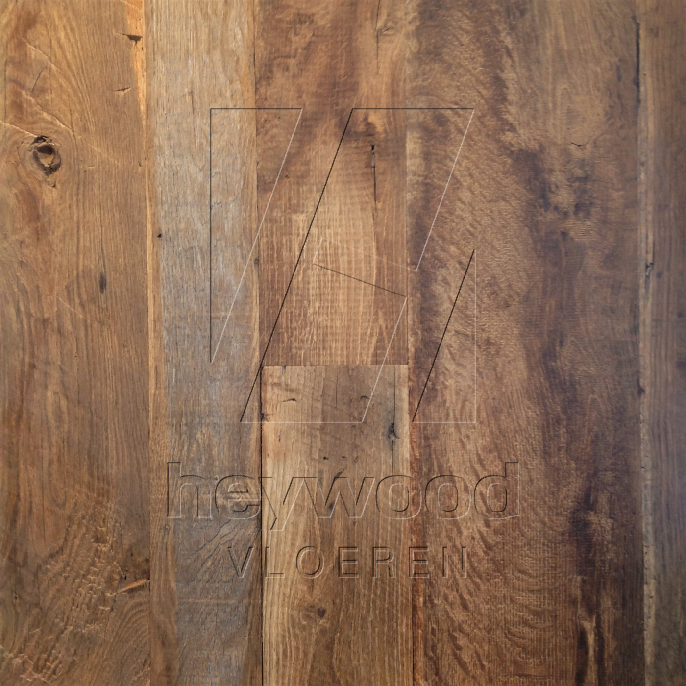 Cotswolds Plank (mixed widths, 200 years old Oak, Outside) in Plank OUTSIDES (authentic textured surface) of Old Reclaimed Wood