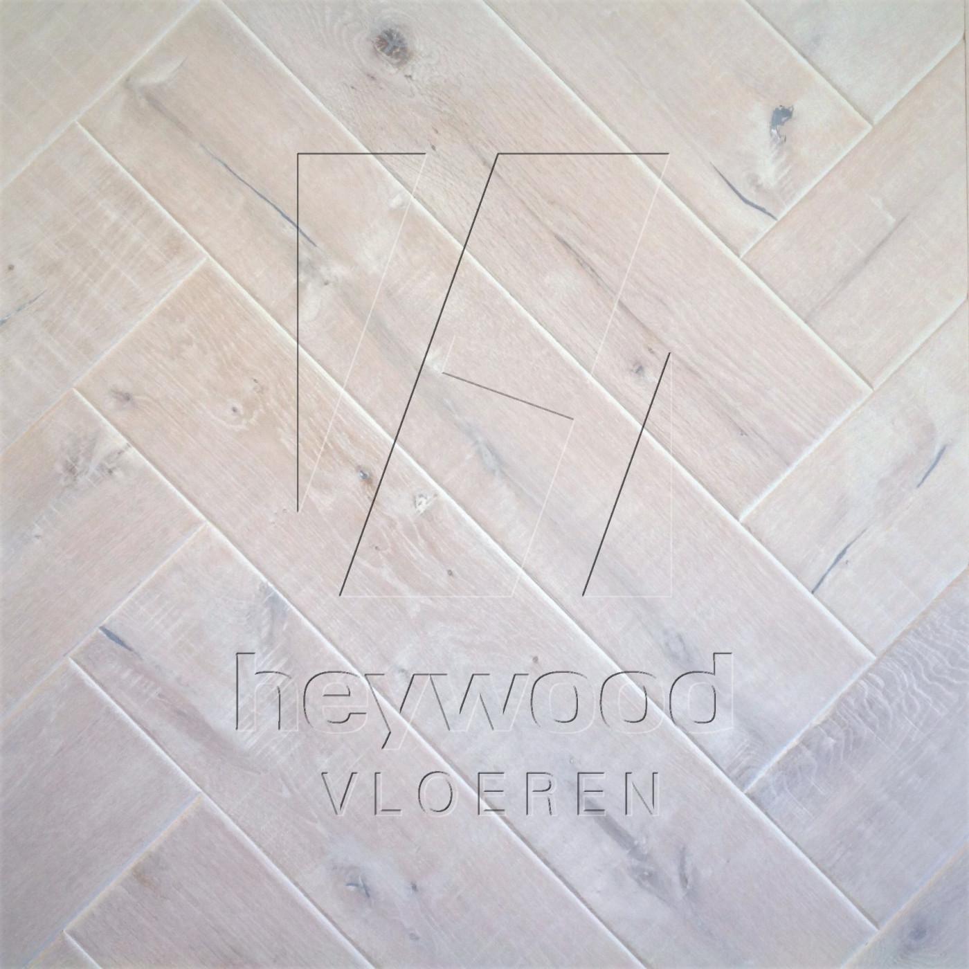 Shrunk Herringbone 'Svalbard' in Herringbone of Pattern & Panel Floors