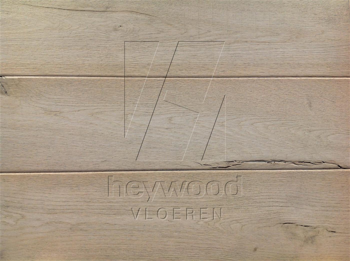 Shrunk Plank 'Lyngmark' in Aged Shrunk surface of Aged Hardwood Floors
