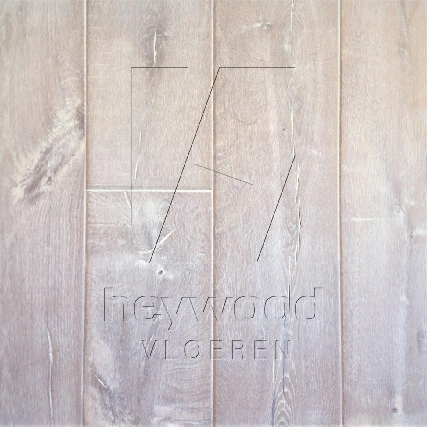 Shrunk Plank 'Svalbard' in Aged Shrunk surface of Aged Hardwood Floors